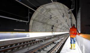Ricardo Gomez working on a subway line.