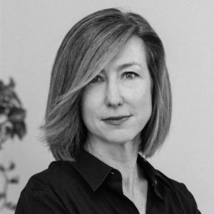 Julia Coffman head-shot.