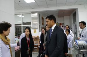 Dr. Rajiv Shah meeting with doctors at Siriraj hospital in Bangkok, Thailand.