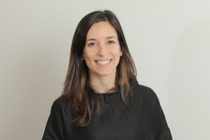 Silvia Mansur smiling.