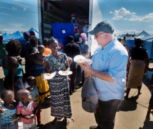 Chef José Andrés giving out hot meals to survivors of cyclone Idai in Mozambique.